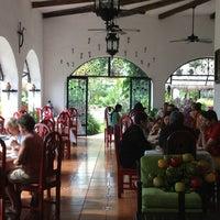 Foto tomada en Casa Mission por DAMIAN M. el 2/2/2013
