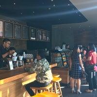 Photo taken at Starbucks by Isdijono C. on 5/18/2017
