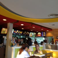 Photo taken at McDonald's & McCafé by Rattanaporn K. on 10/31/2012
