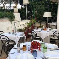 Foto scattata a Villa Verde Ristorante da Manal N. il 8/10/2018