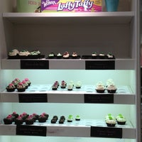Photo taken at Cupcake Couture by Farhana C. on 3/19/2013