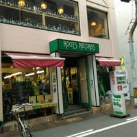 Photo taken at ROOTS RECORDS by ポル ⚡. on 5/28/2016