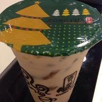 Photo taken at Gong Cha 贡茶 by Karen W. on 12/20/2013