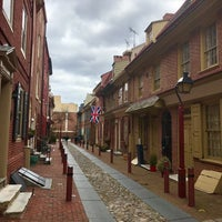 Photo taken at Elfreth's Alley by akaSpectacular on 3/12/2017