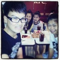 Photo taken at KFC @ กาดสวนแก้ว by Most K. on 9/27/2012