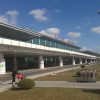 Photo taken at Dalian Zhoushuizi International Airport (DLC) by nakazye on 11/14/2012