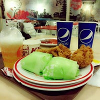 Photo taken at KFC by Yosevin M. on 2/26/2014