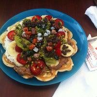 7/7/2013 tarihinde Seval D.ziyaretçi tarafından Waffle Corner'de çekilen fotoğraf