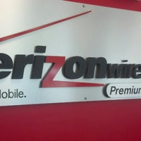 Photo taken at Verizon Pro Cellular by Marcelo R. on 6/25/2013