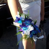 Photo taken at Lake Elsinore VIP Florist by Alicia B. on 7/15/2013
