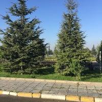 Photo taken at Yürüyüş Parkuru by Mustafa Ö. on 5/9/2016
