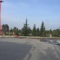 Photo taken at Yürüyüş Parkuru by Mustafa Ö. on 5/12/2016