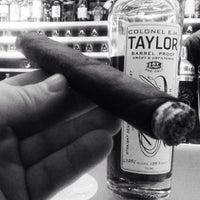 Foto scattata a Civil Cigar Lounge da ChiefHava il 3/18/2013