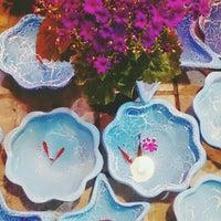 Photo taken at Khosheh Flower Shop   گلفروشی خوشه by Closeeeee on 3/13/2016