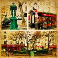 Photo taken at Place de la Contrescarpe by Nikita R. on 11/27/2012