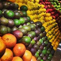 Das Foto wurde bei Whole Foods Market von Rob H. am 3/4/2013 aufgenommen