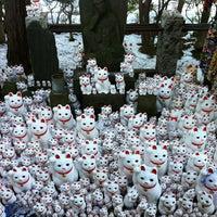 Foto scattata a Gotokuji Temple da Hideki N. il 1/18/2013