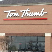 Photo taken at Tom Thumb by Charles G. on 2/21/2013