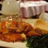 Photo taken at Pak Loh Chiu Chow Restaurant by Hoora M. on 3/22/2017