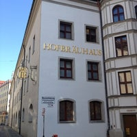 Photo taken at Hofbräuhaus by Jong Min L. on 6/9/2013