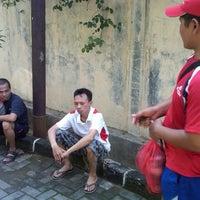 Photo taken at GOR Jatinegara by Denmas H. on 3/23/2013