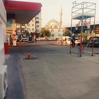 Photo taken at Tunç Fidan Petrol Ofisi by Mustafa T. on 10/27/2016