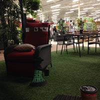 Photo taken at Canadian Tire by Adela F. on 5/4/2017