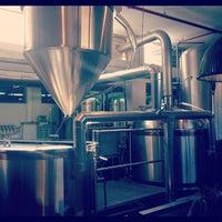 Photo taken at Jem's Beer Factory by Hillel F. on 10/23/2012