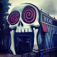 5/7/2013 tarihinde Wally G.ziyaretçi tarafından The Vortex Bar & Grill'de çekilen fotoğraf