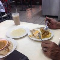 Photo taken at Restoran Taj Point by Aziq R. on 4/2/2016
