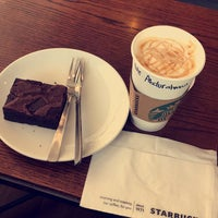 Photo prise au Starbucks par Abdulrahman A. le8/4/2017