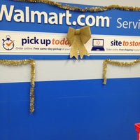 Photo taken at Walmart Supercenter by Shamrock on 12/22/2012