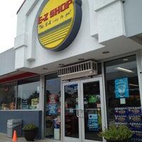 Photo taken at Horizon E-z Shop by Shamrock on 10/8/2012