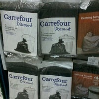 Photo taken at Carrefour by Iwan N. on 12/26/2012