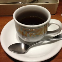 Photo taken at Denny's by Ishida A. on 2/17/2013