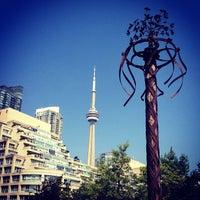 8/29/2013 tarihinde Jason P.ziyaretçi tarafından Toronto Music Garden'de çekilen fotoğraf
