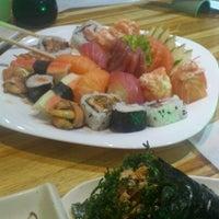 Photo taken at Kenddo Natural Sushi by Tu S. on 10/25/2012