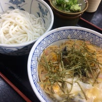 Photo taken at 大阪屋(うどん) by rotton_kette on 10/4/2016