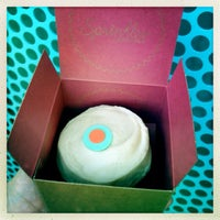Photo taken at Sprinkles Cupcakes by Jordi M. on 7/29/2013