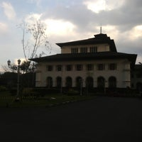 Photo taken at Gedung Sate by Syahrul M. on 10/13/2012