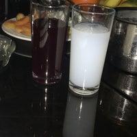 Foto tomada en Turquoise Restaurant por Serkan el 3/16/2018