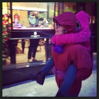Foto tomada en Dolce&Gabbana por Jon F. el 1/2/2014