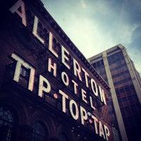 Photo taken at Warwick Allerton Hotel Chicago by Edward S. on 10/19/2014