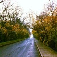 Foto tirada no(a) İTÜ Ağaçlı Yol por Cem Deniz Ş. em 12/17/2012
