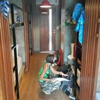12/18/2013 tarihinde Ben L.ziyaretçi tarafından In a Box Hostel'de çekilen fotoğraf