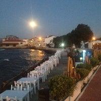 7/22/2013 tarihinde Deniz Tunç T.ziyaretçi tarafından Denizaltı Cafe & Restaurant'de çekilen fotoğraf