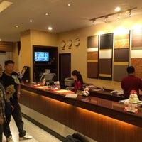 Photo taken at De Arni Hotel by Takashi T. on 1/5/2015