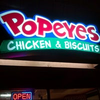 Photo taken at Popeye's Louisiana Kitchen by A H. on 10/24/2012