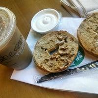 Photo taken at Starbucks by Shereen R. on 8/5/2016