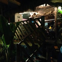 Photo taken at Quintal Restaurante, Bar e Lounge by Mario L. on 2/16/2013
